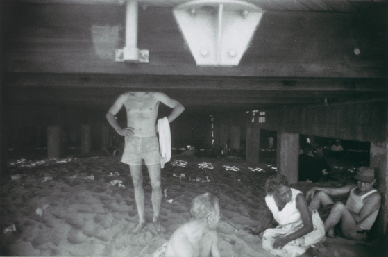 Garry Winogrand, Coney Island, New York City, New York, circa 1958