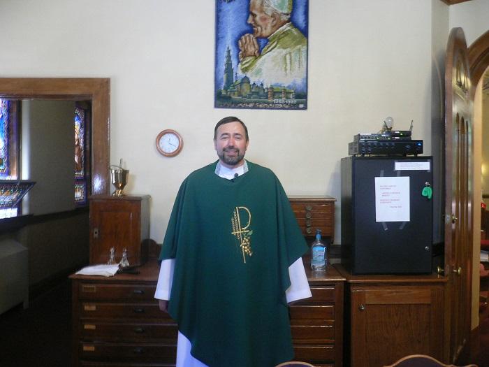 proboszcz parafii Roman Cały
