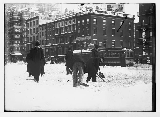 Odsniezanie w 1908 r. Fot. Library of Congress / Via loc.gov