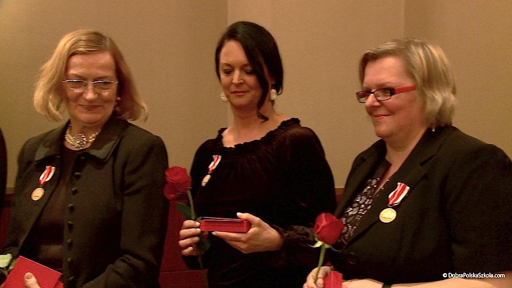 Odznaczeni medalem za zasługi w nauczaniu