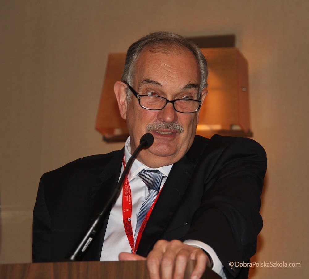 Prof. dr hab. Andrzej Markowski