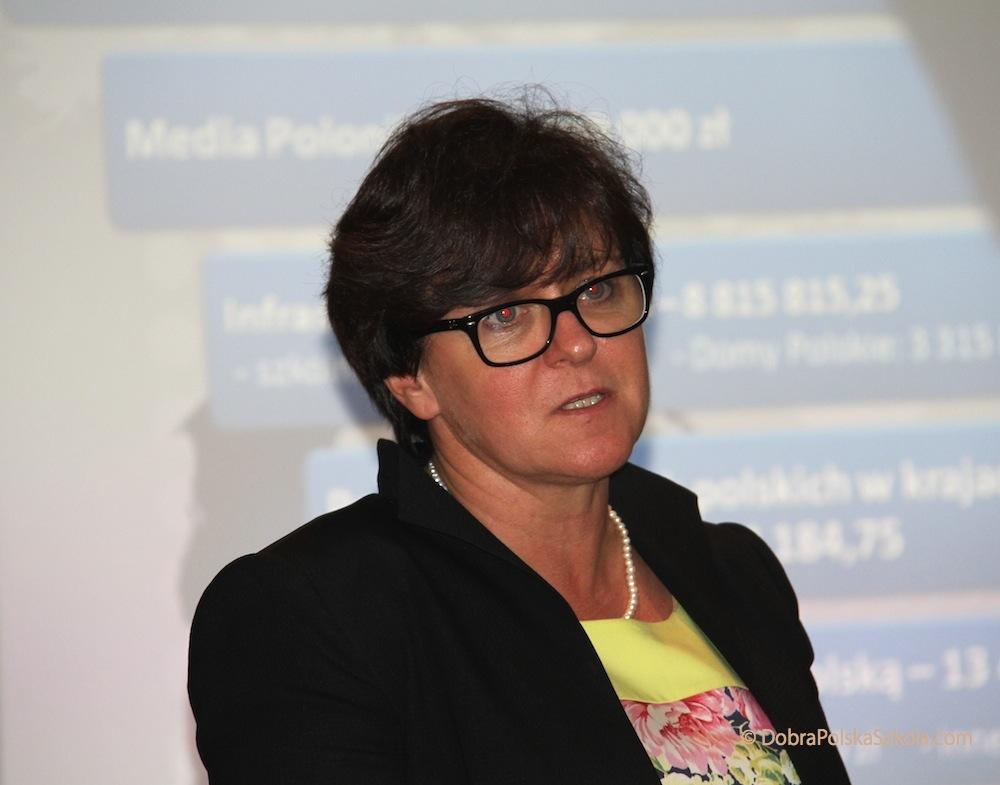Joanna Kluzik - Rostkowska,  Minister Edukacji Narodowej