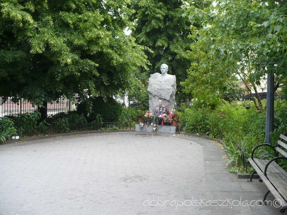 Pomnik ks. Jerzego Popiełuszki w McCaren Park