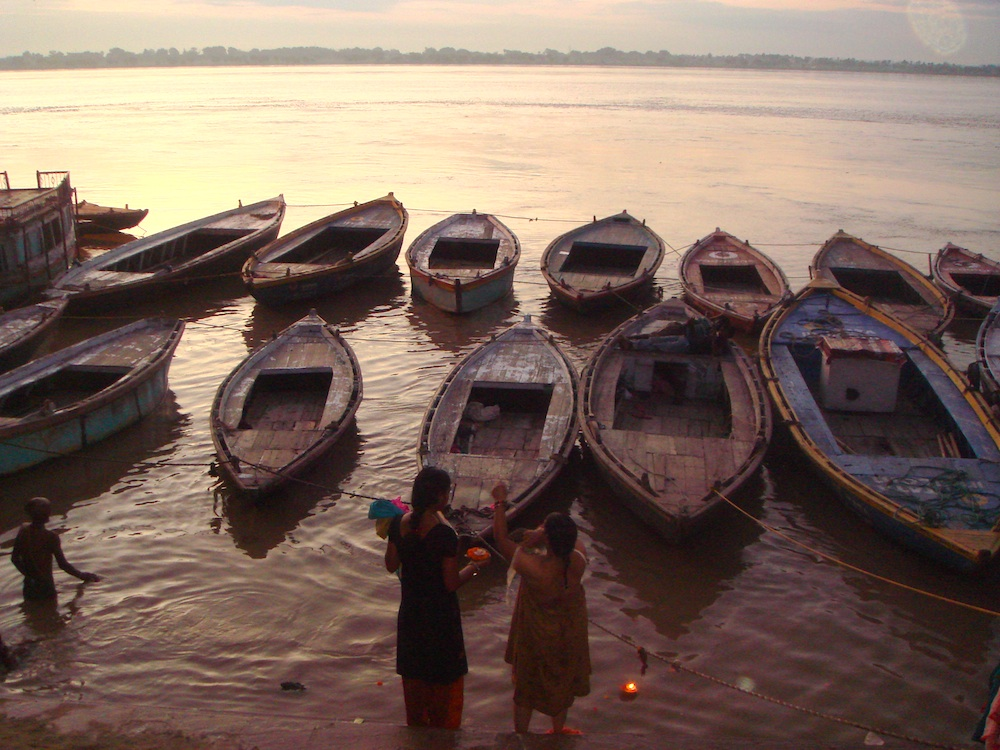Swięty Ganges o poranku