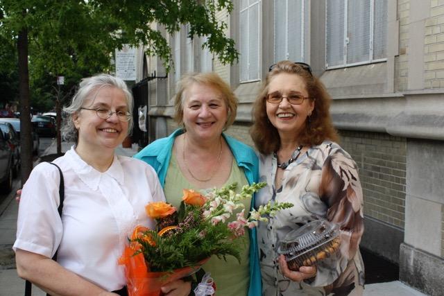 Barbara Kulpa, Halina Kalitka i Maria Bielska - obecne kierowniczki artystyczne zespolu
