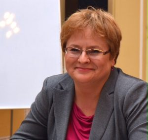 Dr Krystyna Kłosińska