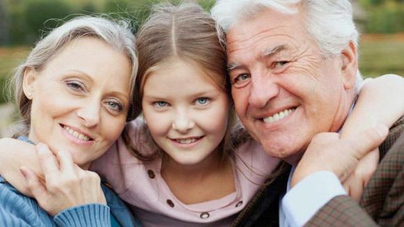 b4424bba426f15f0341a44e2463d09c7_grandparents-day-2012-topics-page-580x326_featuredImage