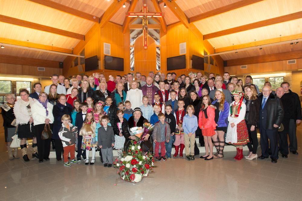 Wspólne zdjęcie rodziny i przyjaciół