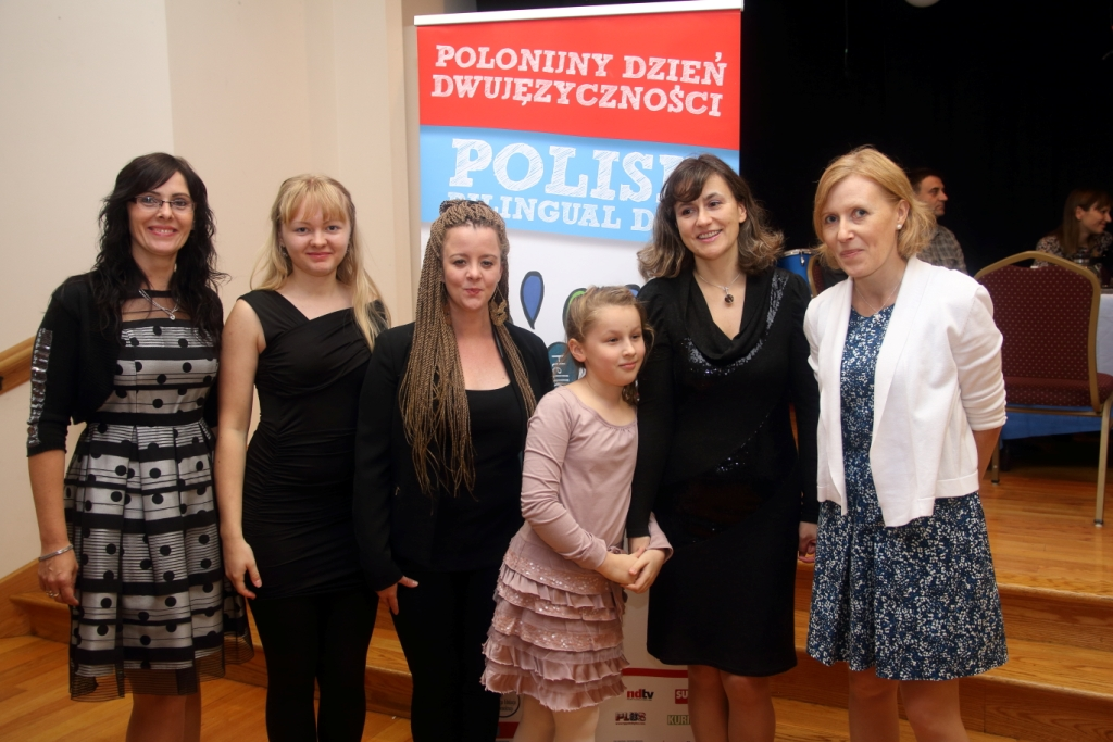 Sylwia Kloczkowska, Anastassyia Petrova, Agata Kulis, Amelka i Basia Lysakowski oraz Lidia Russell