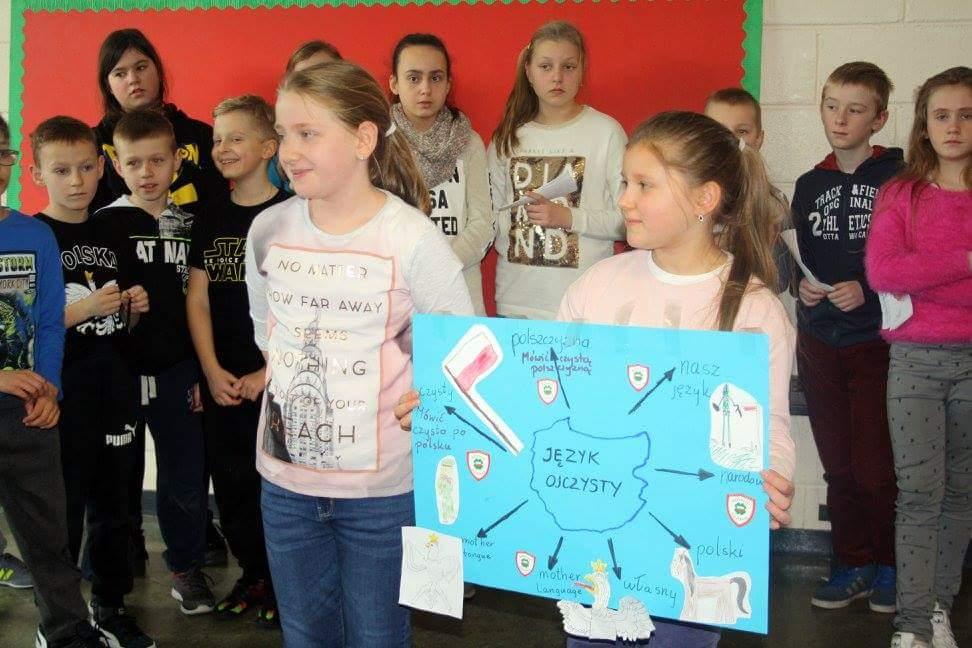 Uczniowie Polskiej Szkoły Równe Szanse w Carlow (Irlandia)